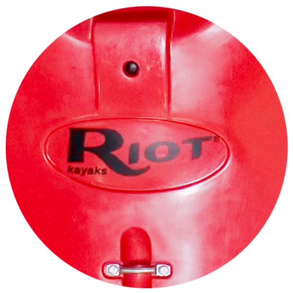 Riot Brittany 16,5 Skeg / Steueranlage